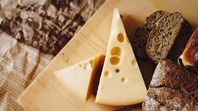 queso en el supermercado