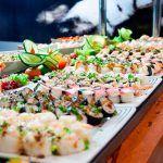 Estos son los peligros que puedes encontrar en un buffet libre