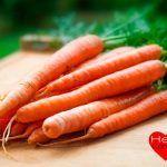 El libro que promete curar el cáncer con zanahorias